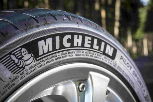 Pilot-Sport-4-tyre-2-600x399