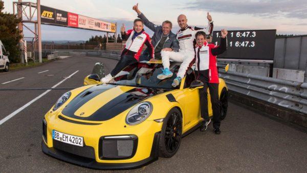 Porsche-911-GT2-RS-Nurburgring-record-1-600x339