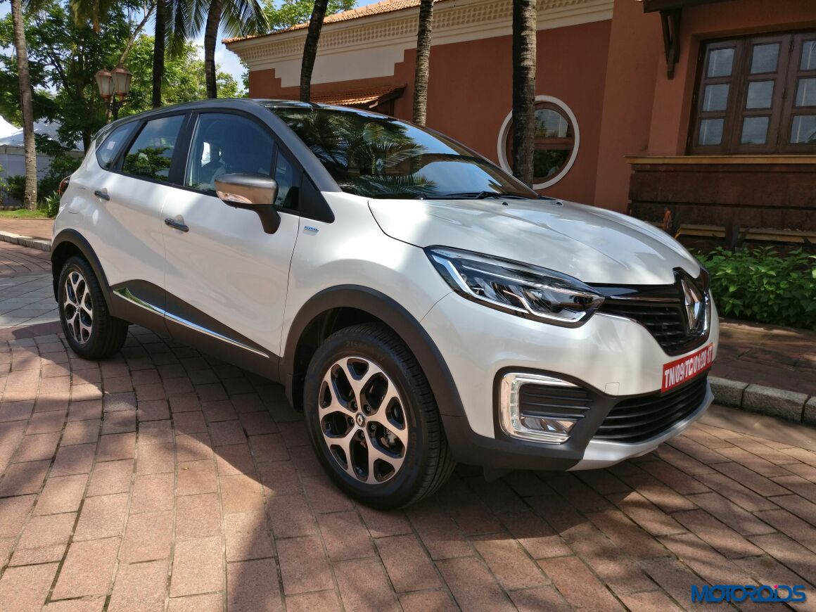 renault captur unveiled bookings open ahead of festive season launch motoroids. Black Bedroom Furniture Sets. Home Design Ideas