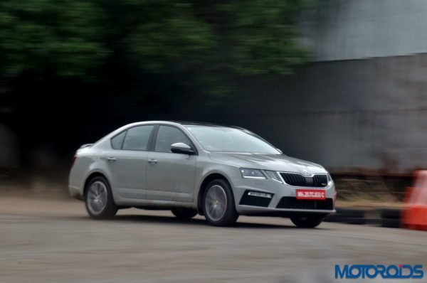 Skoda Octavia RS 230 India ACTION (5)