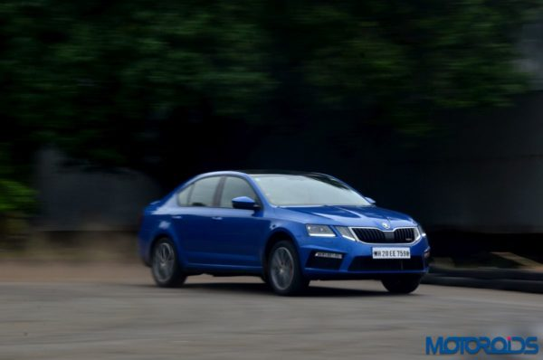 Skoda Octavia RS 230 India ACTION (7)
