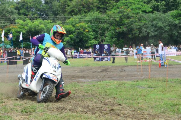 TVS-Racing-Gulf-Monsoon-Bhopal-Scooter-Autocross-2017-1-600x398