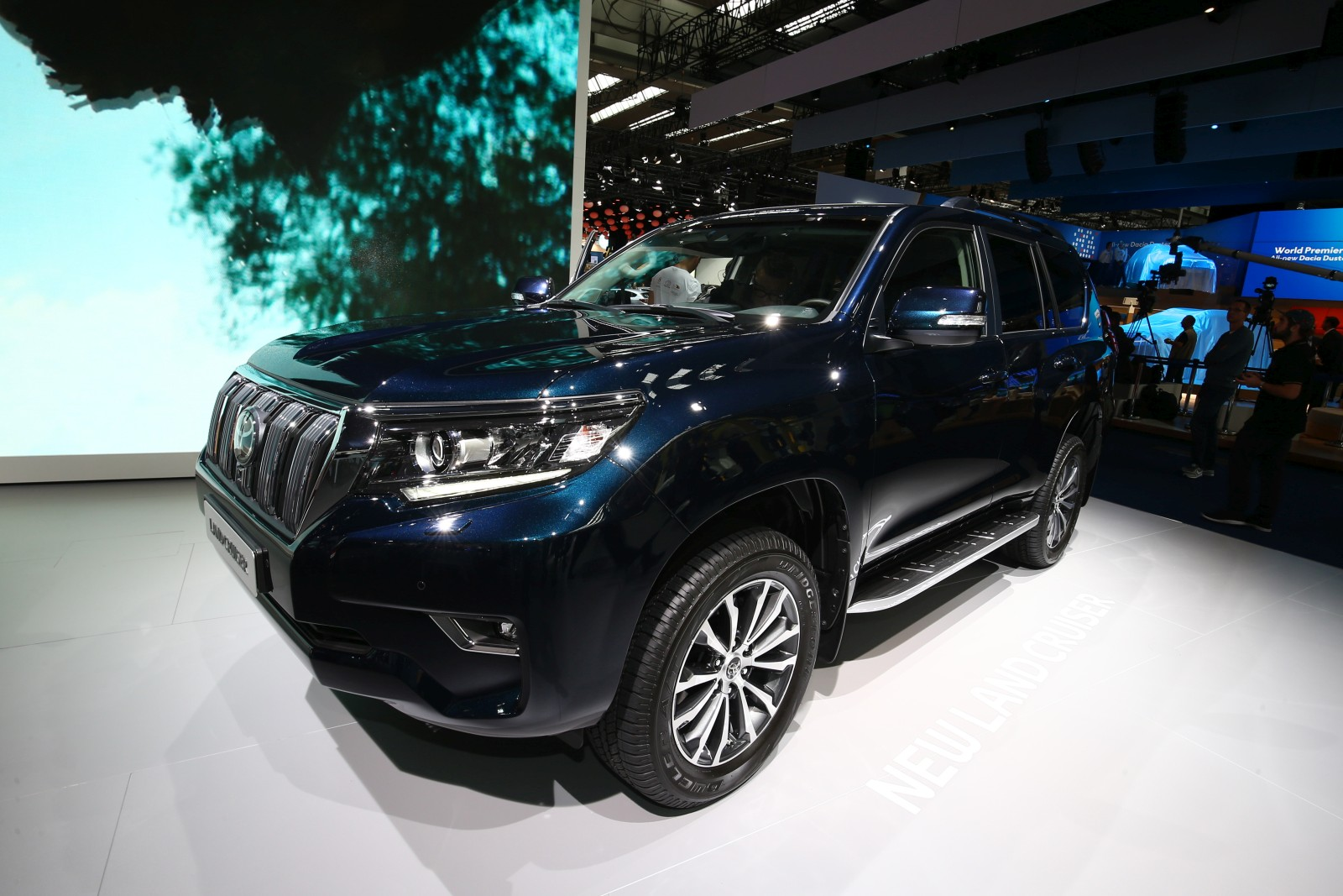2018 Toyota Land Cruiser Prado Unveiled At The 2017 Frankfurt Auto