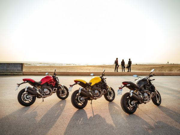 2018-Ducati-Monster-821-29-600x450