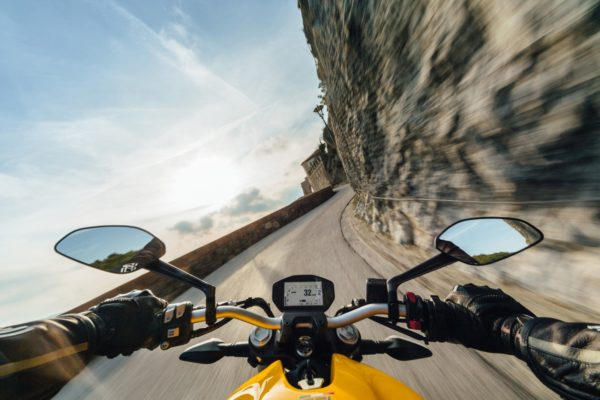2018-Ducati-Monster-821-6-600x400
