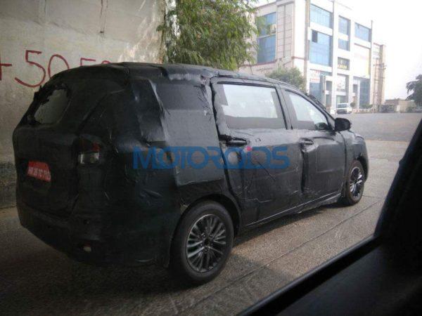 2018-Maruti-Suzuki-Ertiga-spotted-testing-3-600x450