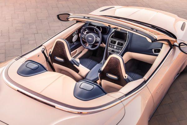 Aston-Martin-DB11-Volante-12-600x400