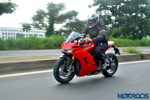 Ducati-SuperSport-S-Review-Action-Shots-1-600x398