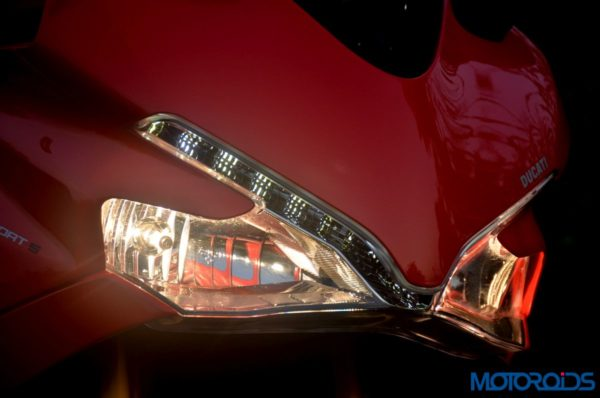 Ducati-SuperSport-S-Review-Detail-Shots-58-600x398