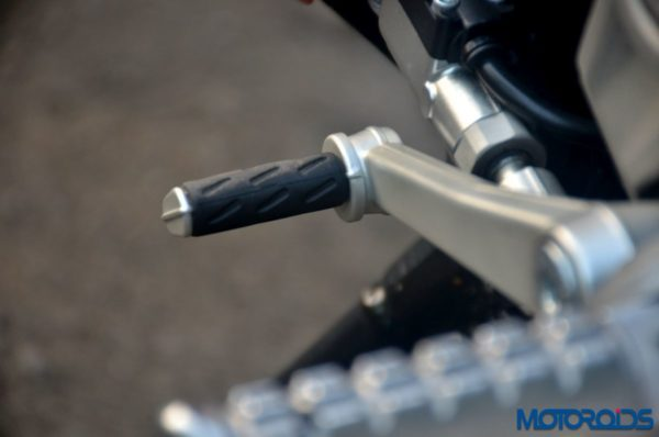 Ducati-SuperSport-S-Review-Detail-Shots-66-600x398