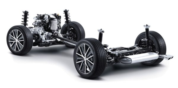 Hyundai-TUCSON-4WD-2-600x298