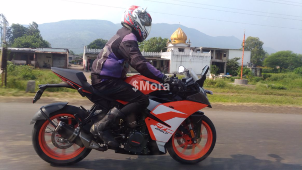 New-2018-KTM-RC-250-spied-in-India-2-600x338