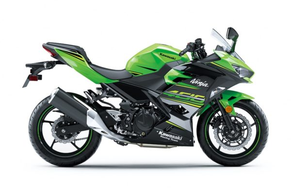 New 2018 Kawasaki Ninja 400 – Still Shots (3)