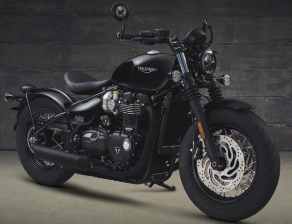 Triumph-Bonneville-Bobber-Black-Studio-Shots-1-600x461