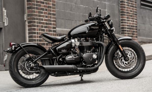 Triumph-Bonneville-Bobber-Black-Studio-Shots-3-600x367