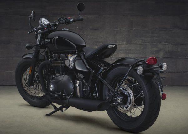 Triumph-Bonneville-Bobber-Black-Studio-Shots-4-600x428