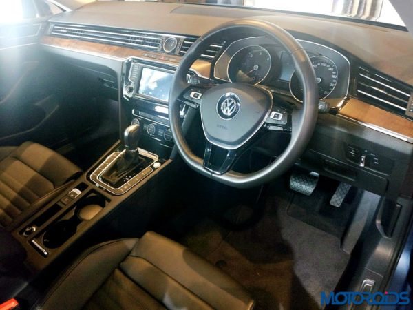 Volkswagen-Passat-India-Launch-59-600x450