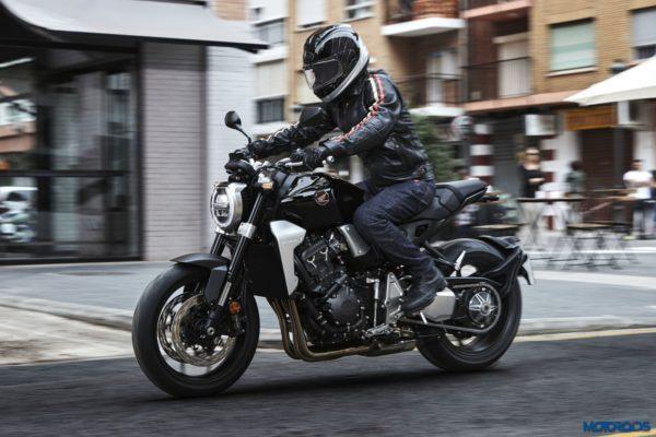 2018-Honda-CB1000R-27-600x400