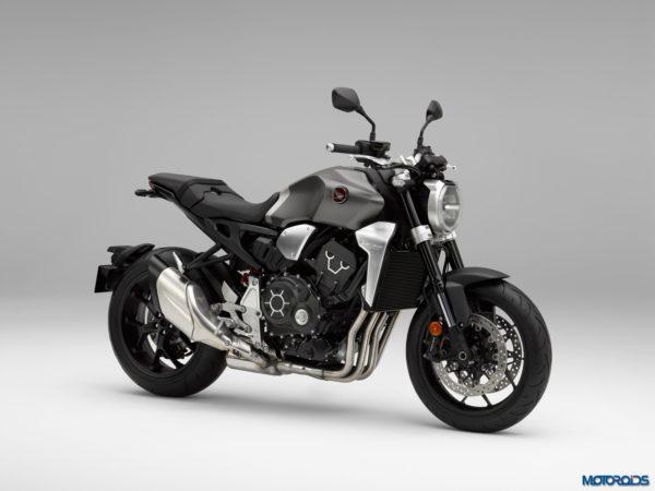 2018-Honda-CB1000R-40-600x450