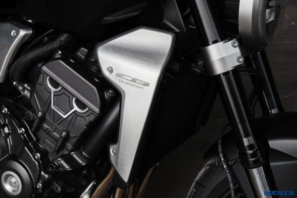 2018-Honda-CB1000R-47-600x400