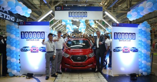 Datsun-Celebrates-1-Lakh-Production-Milestone-In-India-600x315