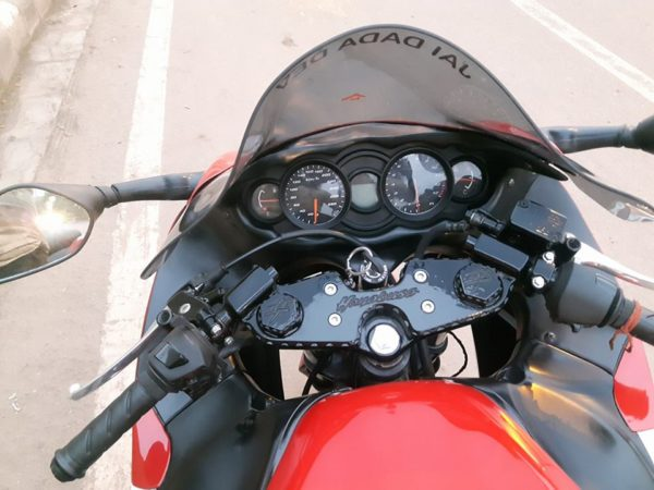 Hero-MotoCorp-Xtreme-Suzuki-Hayabusa-Replica-2-600x450