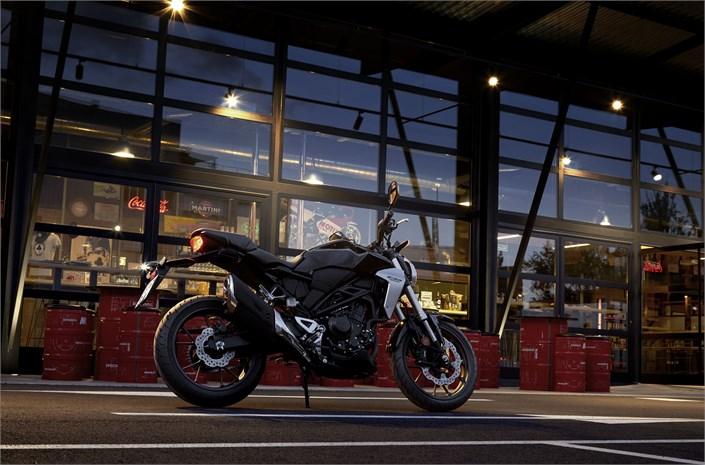 November 10, 2017-Honda-CB300R-7.jpg