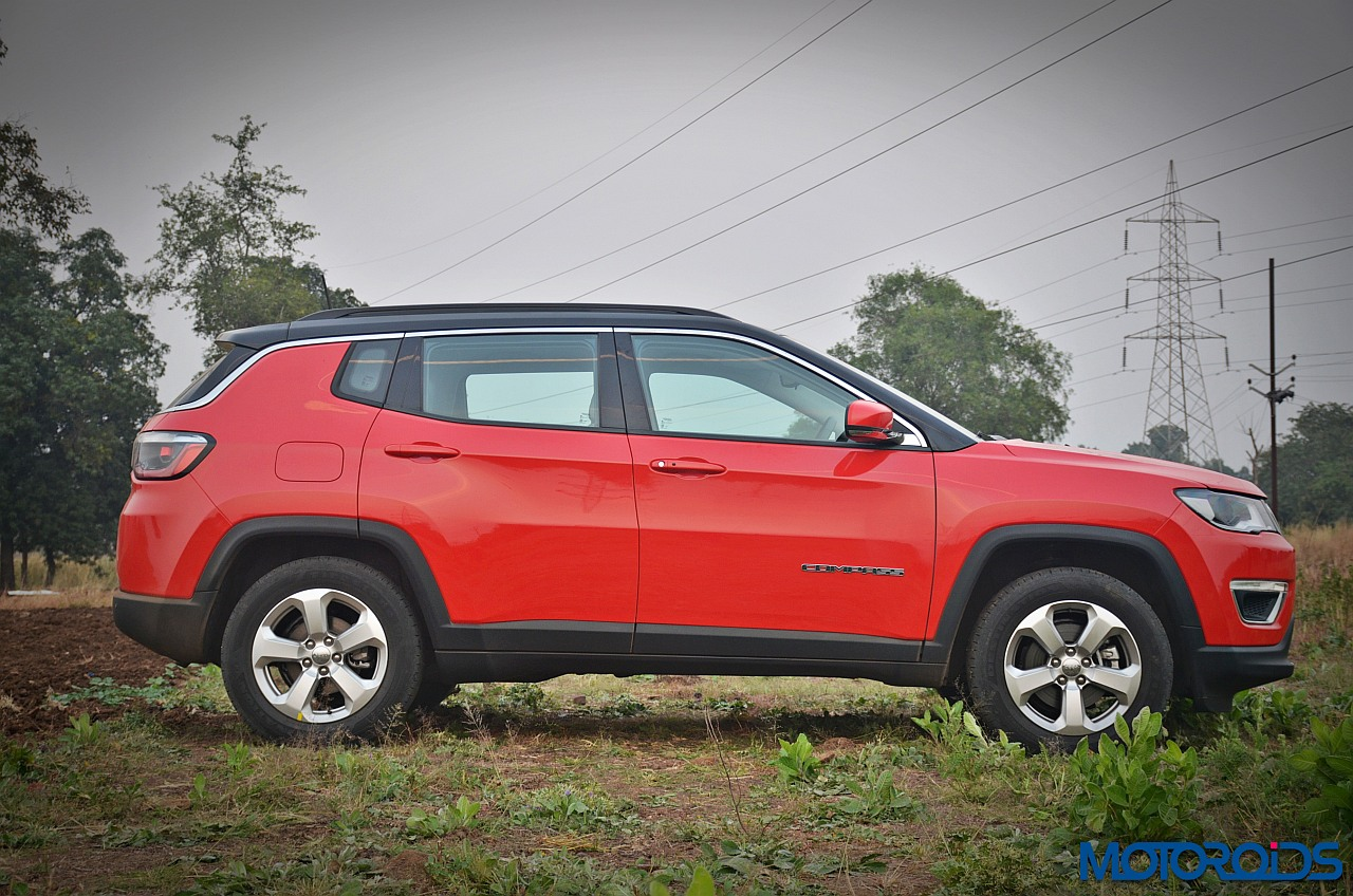 jeep compass petrol 1 4 multiair at india review video price specs performance and features. Black Bedroom Furniture Sets. Home Design Ideas