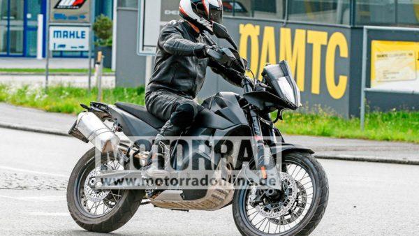 KTM-790-Adventure-Spied-1-600x338