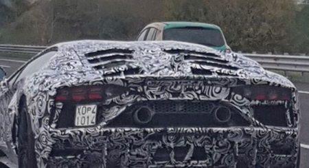 Lamborghini Aventador Performante spied testing (1)