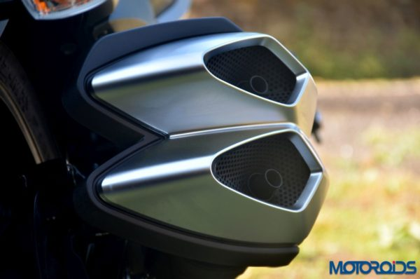 New-2017-Suzuki-Intruder-150-Detail-Shots-56-600x398