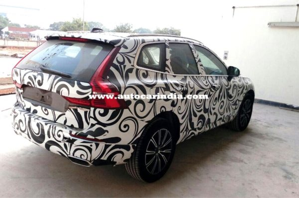 New-2017-Volvo-XC60-spied-in-India-600x398