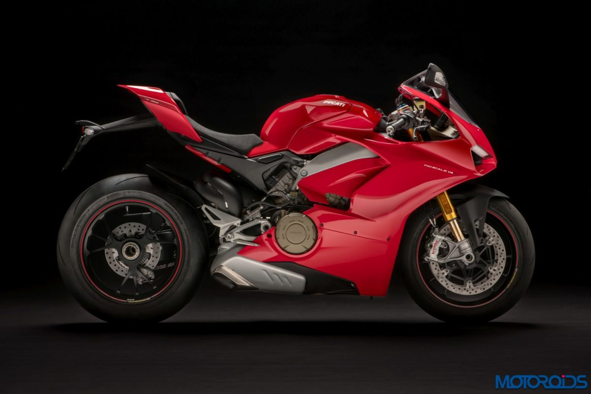 New 2018 Ducati PANIGALE V4 – Details (12)