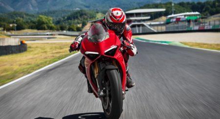 New 2018 Ducati PANIGALE V4 S (1)
