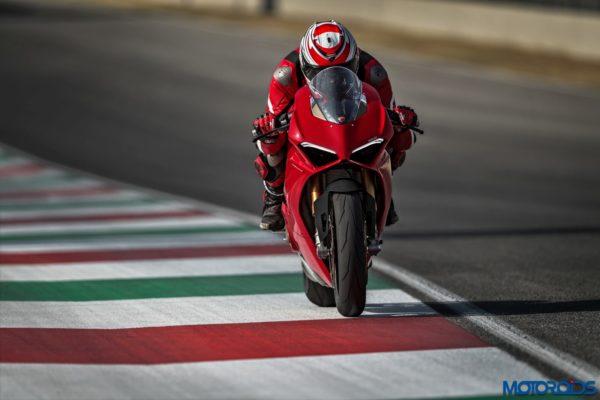 New 2018 Ducati PANIGALE V4 S (2)