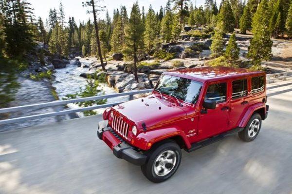 New-2018-Jeep-Wrangler-17-600x400