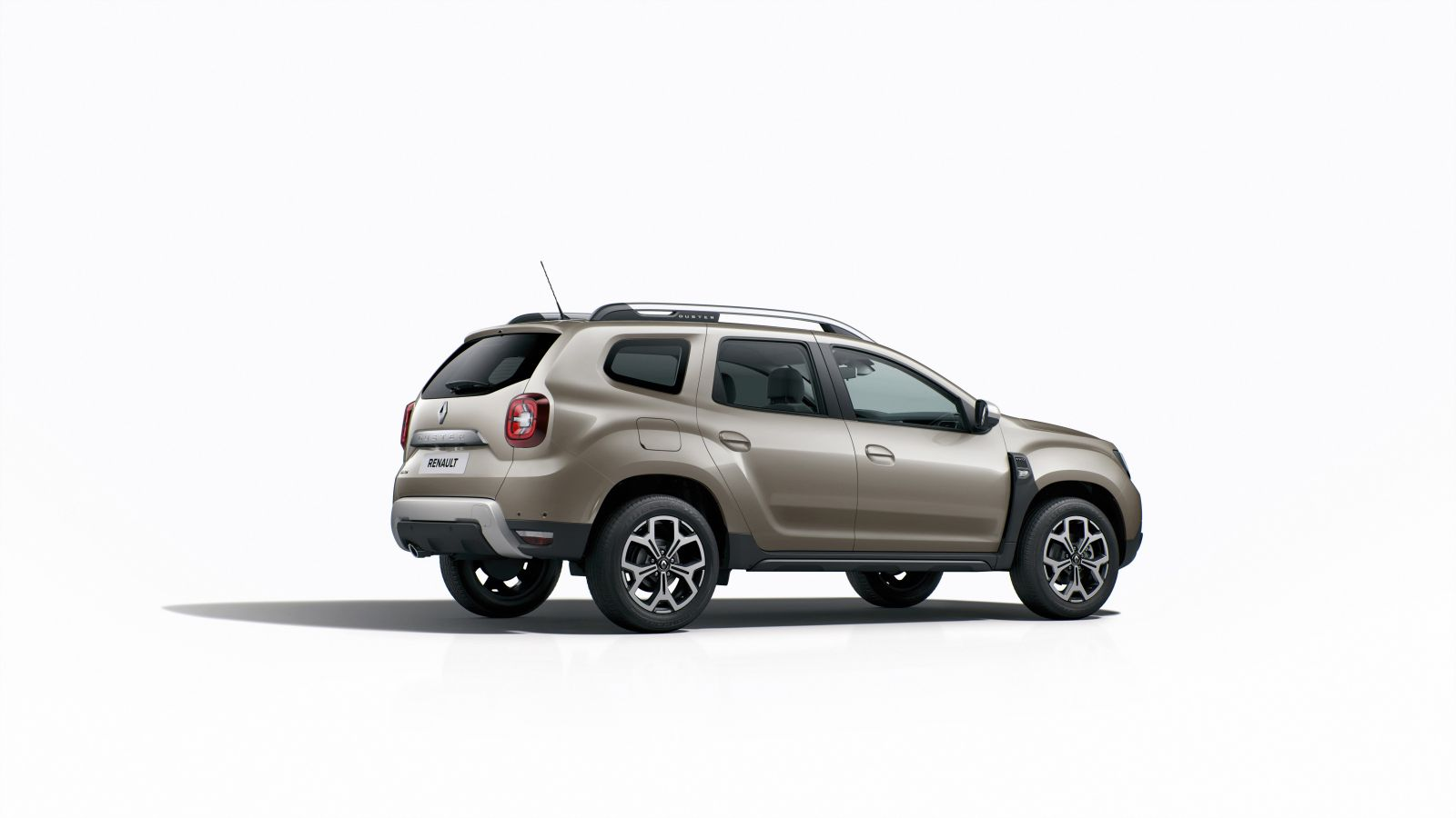 india bound 2018 renault duster makes global debut images. Black Bedroom Furniture Sets. Home Design Ideas
