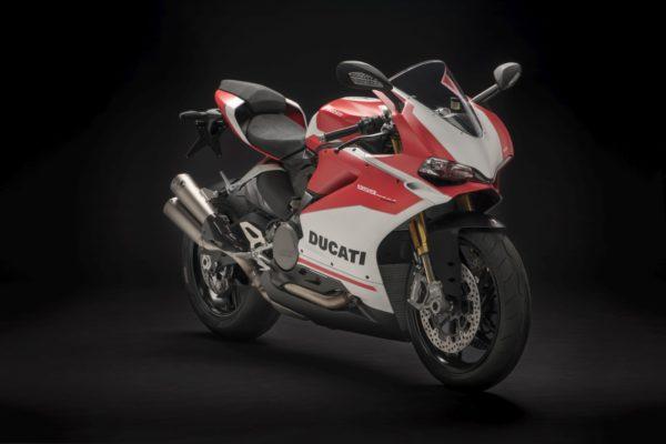 New-Ducati-959-Panigale-Corse-18-600x400