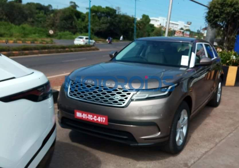 new range rover velar spotted in india images details expected launch date and prices motoroids. Black Bedroom Furniture Sets. Home Design Ideas