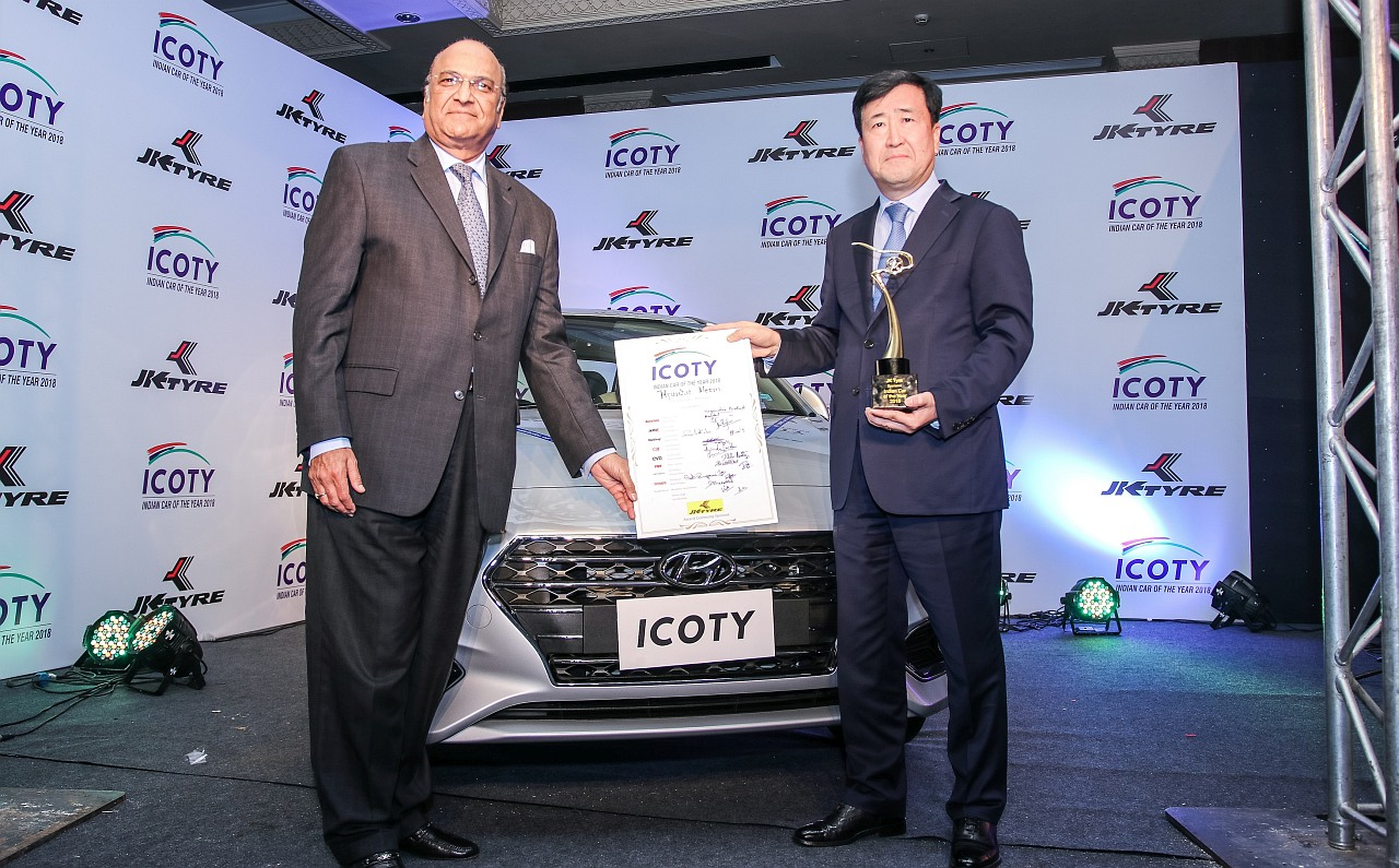ICOTY-2018-Winner-Hyundai-Verna-Dr-Singhania