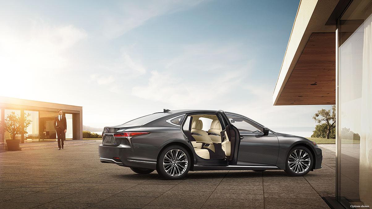 Lexus-LS-500h-exterior