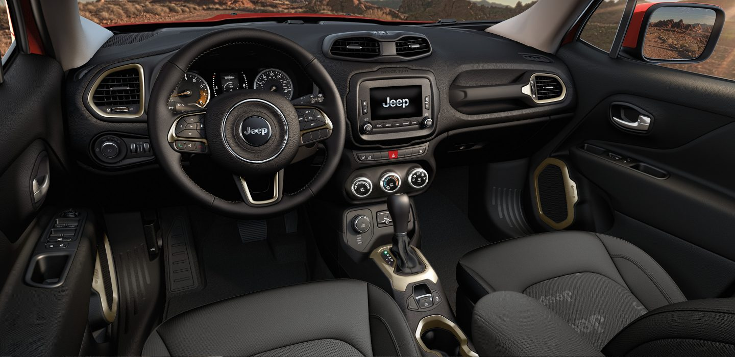 2017-Jeep-renegade-interior-4