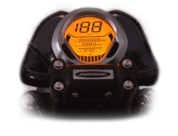 2018-Bajaj-Avenger-220-5-600x461