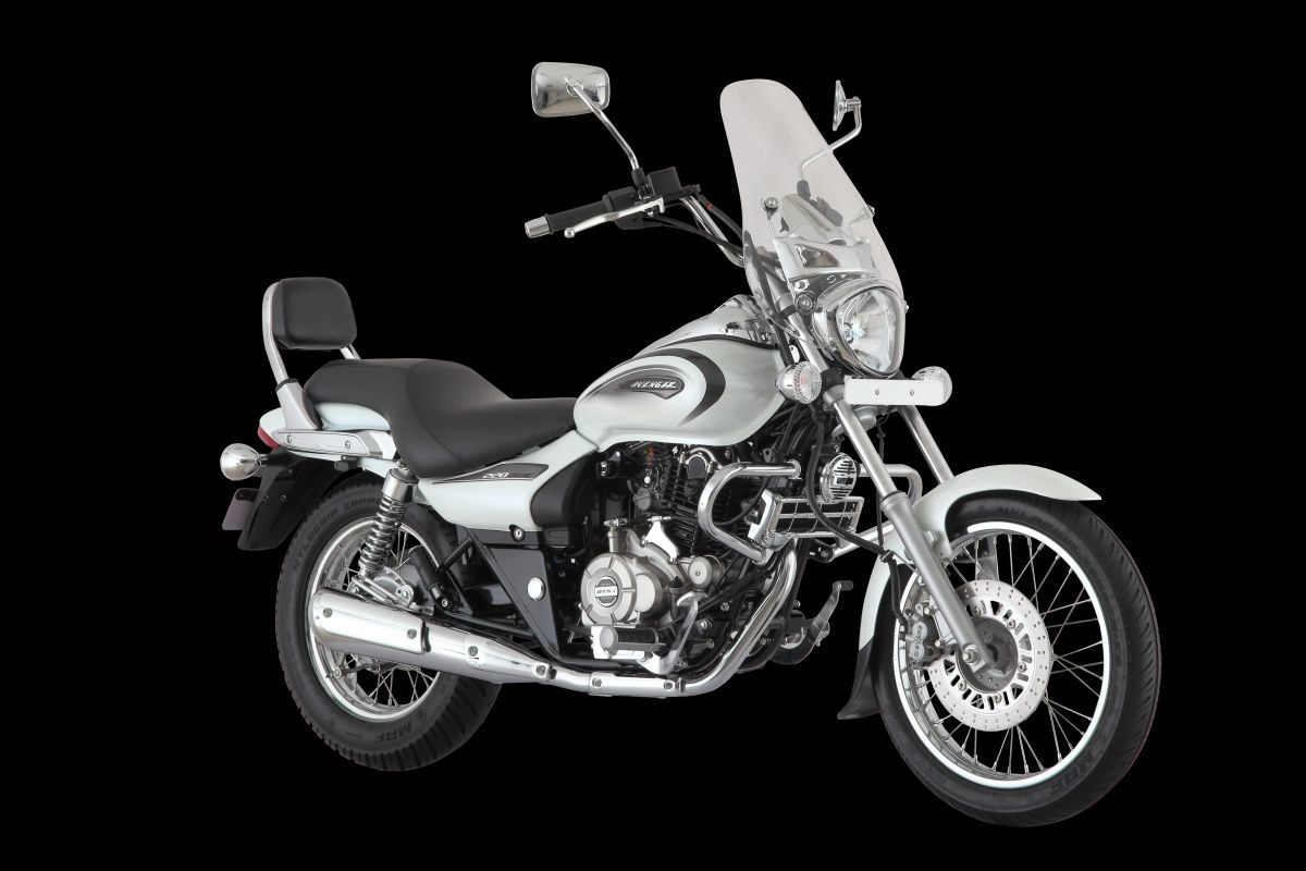 Bajaj Avenger Cruise 220 Moon White (1)