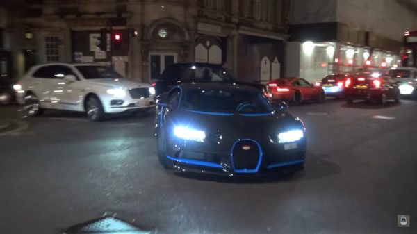 Bugatti-Chiron-Carbon-Fibre-3-600x337