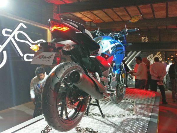 Hero Xtreme 200R Blue (1)