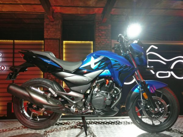 Hero Xtreme 200R Blue Version | Motoroids