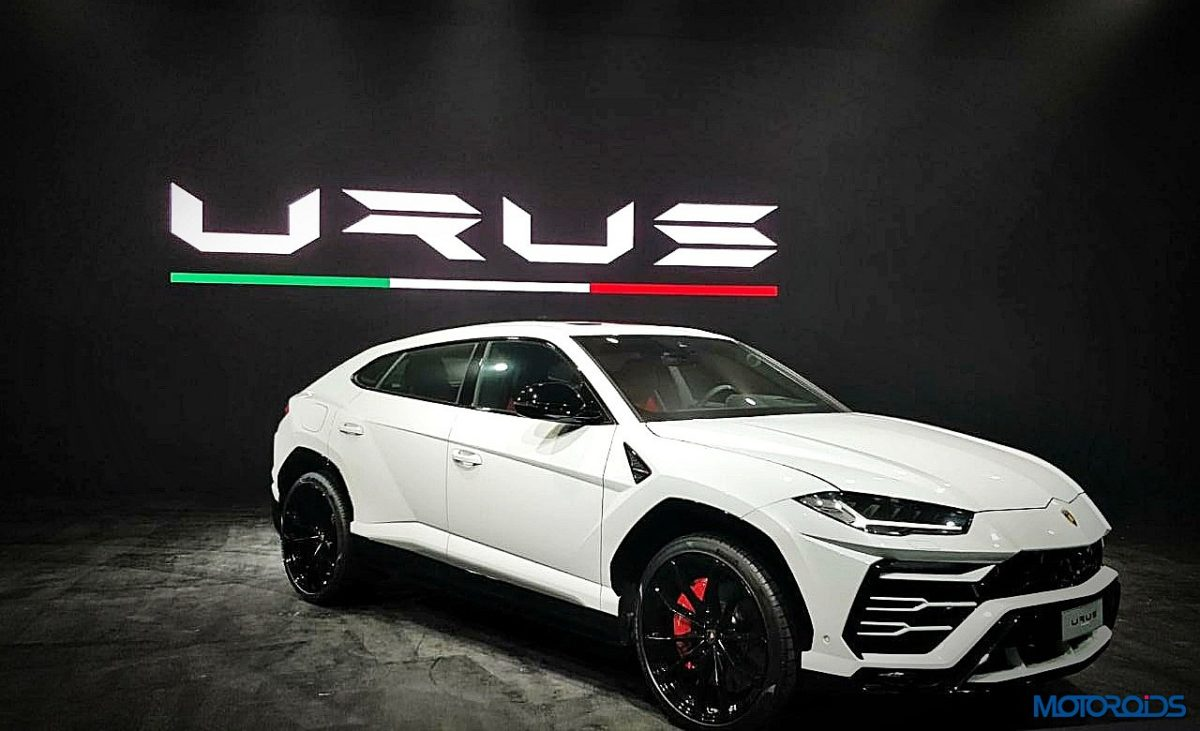 Lamborghini Urus India front