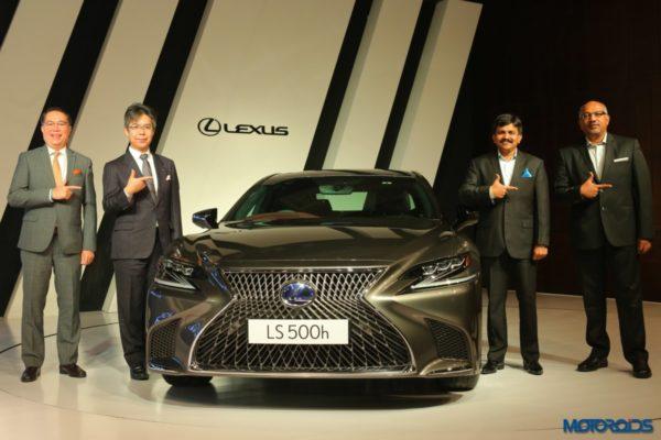 Lexus-LS-500h-launched-in-India-1-600x400