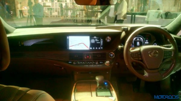 Lexus-LS-500h-launched-in-India-19-600x337